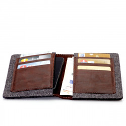 g.5 iPhone X Wallet in camel, black, grey and dark brown