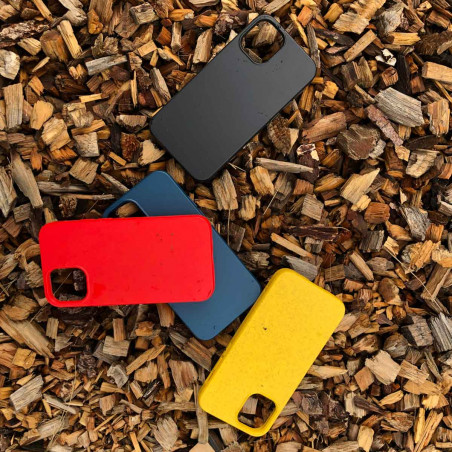 iPhone 12 Bio Case in red biodegradable and sustainable iPhone Case