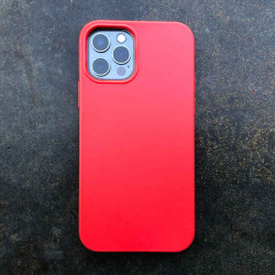 iPhone 13 Pro Bio Case in red biodegradable and sustainable iPhone Case. The green alternative.