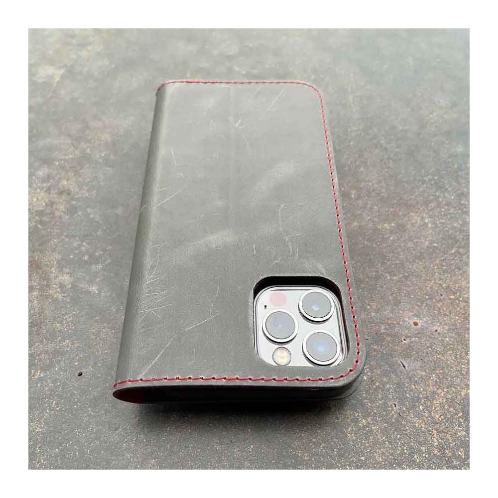 iPhone 13 Pro Folio Leder & Bio Case mit rotem Innenleben - Leder in schwarz, dunkel braun, camel und grau - made in Germany