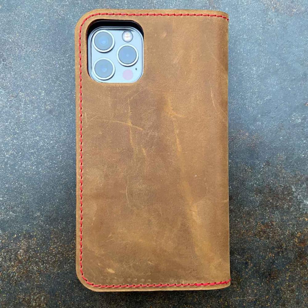 germanmade iPhone 13 Pro Max Leder Case – Folio & Geldbörse in dunkelbraun, camel, schwarz und grau